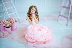 Giant Paper Peony Birthday Photobooth with Paper от MioPaperArt