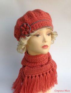 """. Комплект """"Чайная роза"""". Берет и шарф."""