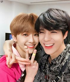 Find images and videos about kpop, nct and nct 127 on We Heart It - the app to get lost in what you love. Nct 127, Winwin, Btob, Taeyong, Jaehyun, Meme Photo, Ntc Dream, Nct U Members, Nct Dream Jaemin