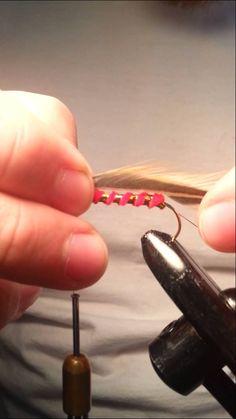 How to tie the Matuka streamer fly.