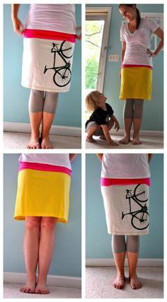 DIY Recycler un tee-shirt en jupe. (Little Bit Funky: 20 minute crafter: how to make a t-shirt into a skirt) (http://www.littlebitfunky.com/2011/05/20-minute-crafter-how-to-make-t-shirt.html)