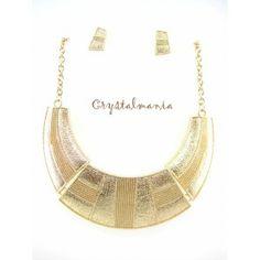 Set de collar y artes en tono dorado estilo 3031