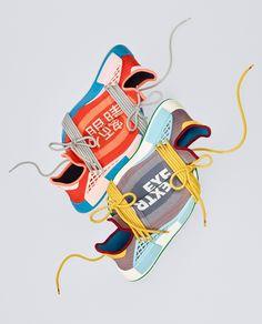 👀 Pharrell x adidas NMD Hu - Release am 2. Oktober bei adidas 💻 Klickt den Link in der BIO für alle weiteren Infos & Bilder #adidas #adidasnmd #adidasoriginals #boost #boostvibes #complexkicks #fashion #fashiongram #grailify #highsnobiety #hypebeast #igsneakercommunity #kicks #kicksonfire #kickstagram #nicekicks #nmd #photooftheday #sneaker #sneakerfreaker #sneakerhead #sneakerheads #sneakerlove #sneakernews #sneakers #sneakerteam #solecollector #pharrellwilliams #pharrell #wdywt Pharrell Williams, Adidas Nmd, Adidas Originals, The Originals, Hypebeast, Festivals In August, Adidas Models, Shops, Lace Heels