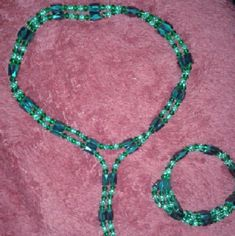 FINAL SALE! Vintage Magnetic Hemotite NK/BR Set Vintage...Unique, Beautiful, Dark Green, Hemotite Necklace & Bracelet Set w/Light & Dark Green Crystal Bicone Beads ...Magnetic, so This Set Can Be Worn in Several Diff Ways to Suit Your Liking...Gorgeous Set! Purchased in New Hope, Pa. Vintage Jewelry Jewelry Necklaces
