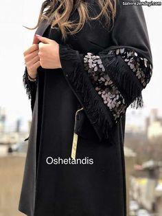 مانتو مشکی مجلسی زمستانی زیبا و شیک OsheTandis سال 2018 Trend Fashion, Daily Fashion, Abaya Fashion, Muslim Fashion, Fashion Dresses, Abaya Mode, Mode Hijab, Abaya Designs, Stylish Dresses For Girls