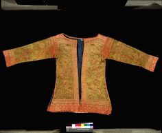 Jacket  possibly from London, England or Italy 1625-1650  hand knit in silk and silver gilt wrapped silk , lined with linen