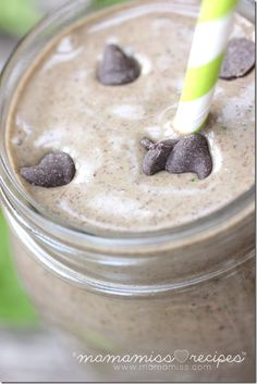Peanut Butter Cup Power Smoothie **sub almond butter to make paleo** Power Smoothie, Juice Smoothie, Smoothie Drinks, Smoothie Prep, Healthy Smoothies, Healthy Drinks, Smoothie Recipes, Healthy Snacks, Yummy Drinks