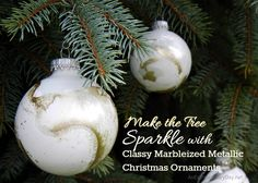 When you think of a handmade Christmas don't think folksy or country.  Make your tree sparkle with classy marbleized metallic Christmas ornaments that you made and everyone will be in awe of.  It's easy, quick, and they are all uniquely beautiful and different.  Come on by for the tutorial and stay to check out the entire line-up of 31 Days with 31 Bloggers of Handmade Christmas Ornaments.
