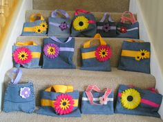 purse out of old jeans | ... friend carolyn she made all of these bags purses out of old jeans