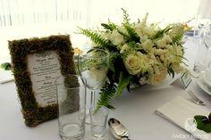 2. Irish theme Wedding,Centerpieces,Moss,Menu card / Irlandzkie wesele,Dekoracja stołu,Mech,Anioły Przyjęć