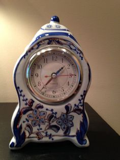 Blue And White With Gold Trim French Style Clock Ebay Clocks