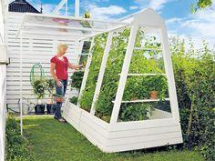 Finn drivhuset som passer til hagen din Garden Paths, Herb Garden, Home And Garden, Diy Greenhouse, Green Architecture, Garden Features, Outdoor Furniture, Outdoor Decor, Outdoor Ideas
