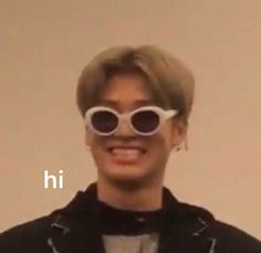 Bts Memes because k pop is a thing now – Page 5 of 6 – LOL WHY Bts Meme Faces, Funny Faces, Funny Kpop Memes, Stupid Memes, K Pop, Hi Meme, Boys Lindos, V Bts Wallpaper, Idole