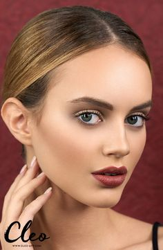 """""""Retro Autumn"""" Absolutely in love with this oxblood lipstick, find the instruction in the cleo app!"""