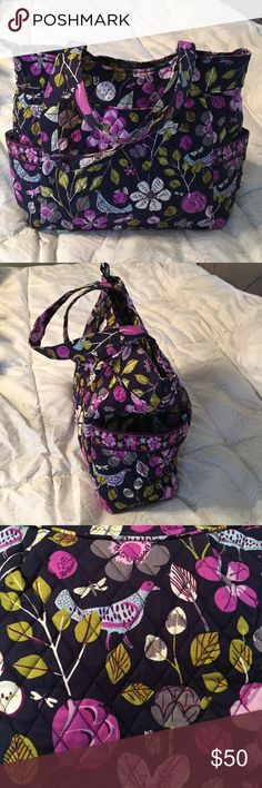 Vera Bradley pleated tote Pleated tote. Like new. 2 big open pockets on either side. Zip top. Great as a big tote or even a diaper bag. Vera Bradley Bags Totes