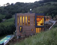 cool vertical windows and popouts