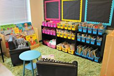 WOW- the most organized classroom!! You need to see this! Classroom Tour 2014-2015
