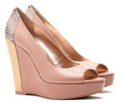 Sole Society Talia in the prettiest pale pink but with an edge. Mwah hahaha.