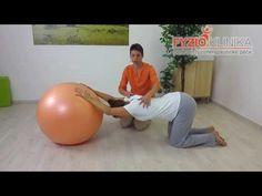 Protažení prsních svalu a ramen na míči Ramen, Health Fitness, Yoga, Gym, Youtube, Diet, Excercise, Fitness, Youtubers