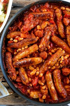 This Big Batch Sausage and Bean One Pot is a great dish for a family gathering that can be made ahead of time. This recipe is part of the Stay at Home Mum series on the Best One Pan Meals for Busy Weeknight Dinners. Recipe is by Kitchen Sanctuary. Bean Recipes, Sausage Recipes, Cooking Recipes, Healthy Recipes, Sausage Meals, Vegetarian Recipes, Easy One Pot Meals, Big Meals, Family Meals