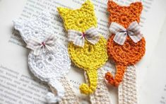 Set of 3 handmade bookmark/Handmade crochet bookmark/crochet cat/cat… Marque-pages Au Crochet, Chat Crochet, Crochet Motifs, Crochet Books, Crochet Gifts, Crochet Patterns, Crochet Ideas, Easy Crochet, Knitting Patterns