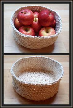 Double Treble Craft Adventures: Crochet Basket Free Pattern - two strands of yarn, size 7 hook
