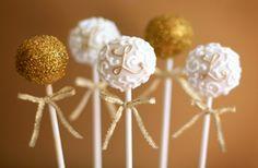 Sparkling monogram swirl cake pops from Bee's Knees Creative