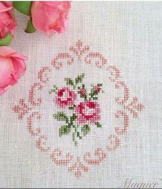 Different Cross Stitch Samples and Processing Templates – ARMAĞAN JALE – Join the world of pin Mini Cross Stitch, Cross Stitch Rose, Cross Stitch Borders, Cross Stitch Flowers, Cross Stitch Charts, Cross Stitch Designs, Cross Stitching, Cross Stitch Patterns, Diy Embroidery