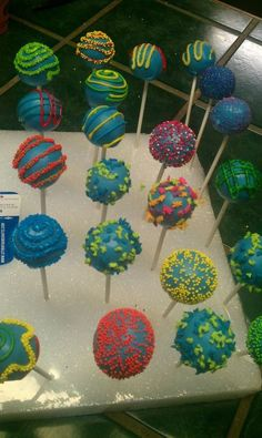 Boy bday cake pops-  I will either do these or just white for the rock climbing wall party.