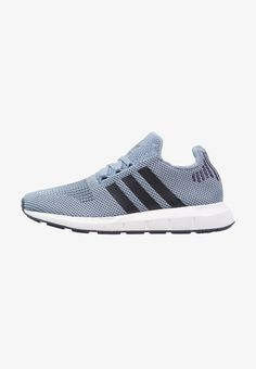 adidas Originals SWIFT RUN - Joggesko - raw grey/trace blue/medium grey heather - Zalando. Adidas Originals, The Originals, Swift, Adidas Sneakers, Running, Medium, Grey, Blue, Shoes
