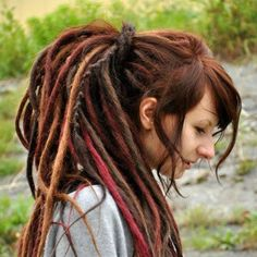 Natural looking fluffy style synthetic dreads. I wish I had this many dreads. But naturally, no synthetic parts White Girl Dreads, Dreads Girl, Synthetic Dreadlocks, Wool Dreads, Dreads Styles For Women, Long Hair Styles, Fake Dreads, Beautiful Dreadlocks, Dreadlock Styles