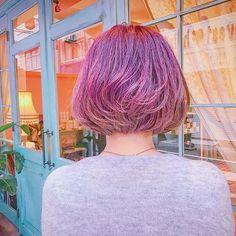2016/11/08 02:11:35 mayon_mayo ミサさんnewhair後ろはこんな感じです💘💘💘腰まであったロングヘアをバッサリ60センチ以上カットして、小学校以来の、なんと17年ぶりのショートヘアーにしてくださいました💞✨💞✨カットした長い髪の毛はヘアドネーションへ寄付されるそう💕💕💕ダブルカラーで可愛いピンクラベンダーにイメチェンして、すっごく可愛いショートボブに大変身しました💓初めてと思えないぐらい凄くお似合いでした💕ミサさんありがとうございます😍💞#ダブルカラー#カラー#ヘアー#ヘアカラー#カット#ピンク#ラベンダー#ヘアカタログ#ヘアカタ#ショート#ボブ#ヘアサロン#美容室#ヘアケア#ビューティー#美容#女子力#派手髪#マニックパニック#ヘアアレンジ#パステル#hair#color#lavender#instasize#instabeauty#haircolor#silver#pink#cute Doll hair 【ドールヘアー】 #美容