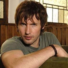 Devil james blunt........ONE OF NY FAVORITE SINGERS OF ALL TIME.