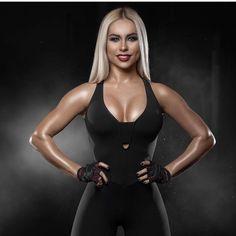 JUST  P E R F E C T !#спортивнаяфигура#леггинсы#всенаспорт#телоклету#legginsy#фитнесбудущего#спортивныекостюмы#спортивные_костюмы#тодежда