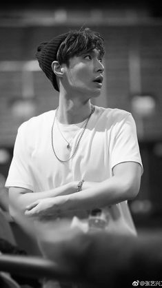 「 @heydawnhere 」 Yixing Exo, Baekhyun Chanyeol, Exo Album, Lay Exo, Xiuchen, Kim Minseok, Exo Members, Kpop Groups, Boyfriend Material
