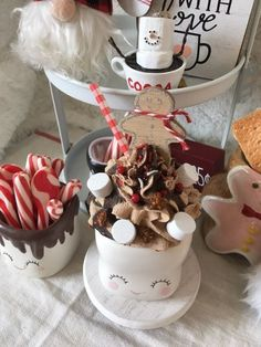 Gingerbread mocha fake faux whip topper on Mercari Food Baskets For Christmas, Diy Christmas Mugs, Candy Christmas Decorations, Fake Cupcakes, Fake Cake, Christmas Hot Chocolate, Hot Chocolate Bars, Diy Whipped Cream, Marshmallow Crafts