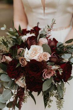 Fall Bouquets, Fall Wedding Bouquets, Flower Bouquet Wedding, Floral Wedding, Dahlia Bouquet, Bridal Bouquet Fall, Winter Bouquet, Bride Bouquets, Winter Wedding Flowers