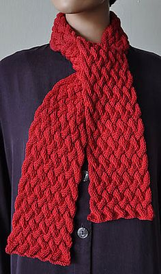 Free Pattern: Woven Cable Scarf by Susan Druding