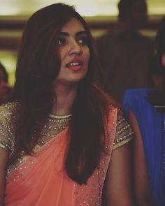 Beauty Pictures: Nazriya Nazim South Indian Actress Photo, Beautiful Indian Actress, Kerala Bride, South Indian Bride, Stylish Girls Photos, Stylish Girl Pic, Indian Photography, Girl Photography, Nazriya Nazim