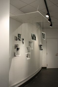photography installation - Google Search Royal Photography, Space Photography, Photography Exhibition, Fine Art Photography, Exhibition Display, Exhibition Space, Exhibition Ideas, Exposition Photo, Photo Exhibit
