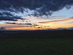Egy hosszú nap vége #hungary #hiking #kéktúra #sümeg #öregyhegy #nature #landacape #sunset #clouds #sky