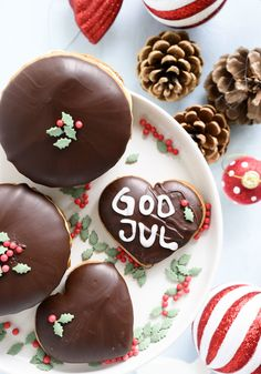 Brownie Cookies, Cupcakes, Christmas Cooking, Food N, Scandinavian Christmas, Christmas Goodies, Cravings, Sweets, Healthy Recipes