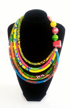 Multicolore collier imprimés africains, bijoux ethniques, tissu collier, instruction, mode inspirée africaine, bijoux femmes, accessoires