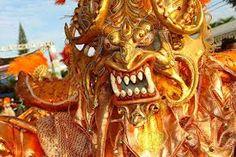 Diablo Cojuelo Del Carnaval De La Ciudad De La Vega. - Buscar con Google