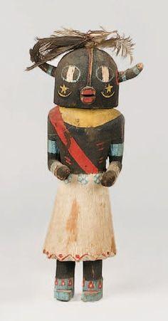 Kachina HO-OTE HOPI , circa 1950 Ornement classique de cette poupée :