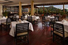 Kulana Terrace Restaurant at Queen Kapiolani Hotel boasts beautiful views of the famed Diamond Head #Hawaii #Waikiki #AquaHotels
