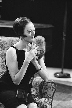 Credit: Michael Peto/© University Of Dundee, The Peto Collection Maggie Smith in 1964, during the production of Hay Fever at the National Theatre