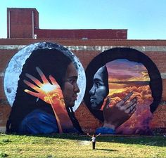 """The reflective black body"" street art by Lenny Correa. Murals Street Art, 3d Street Art, Amazing Street Art, Art Mural, Street Art Graffiti, Street Artists, Amazing Art, Awesome, Banksy"