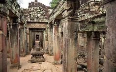 "Kambodscha: ""Temple Running"" in Angkor Wat Angkor Wat, Big Ben, Running, House Styles, Building, Cambodia, Temple, Photo Illustration, Racing"