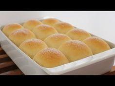 Bollo de Queso Crema | Apron - YouTube Bread Bun, Bread Cake, Dessert Dishes, Dessert Drinks, Honey Buttermilk Bread, Soft Bread Recipe, Easy Yeast Rolls, Japanese Bread, Cheese Buns